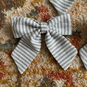 Striped linen sailor bow clips